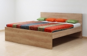 postel BRUNO 140x200 imitace dřeva